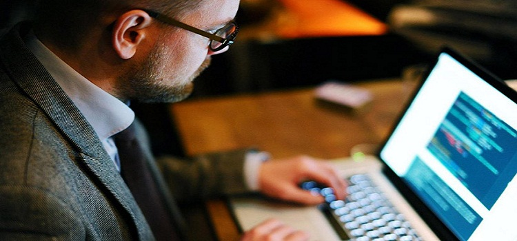 How to Become a Successful Freelance Programmer